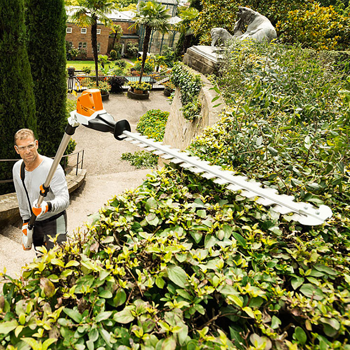 Stihl Battery Telescopic hedge trimmer