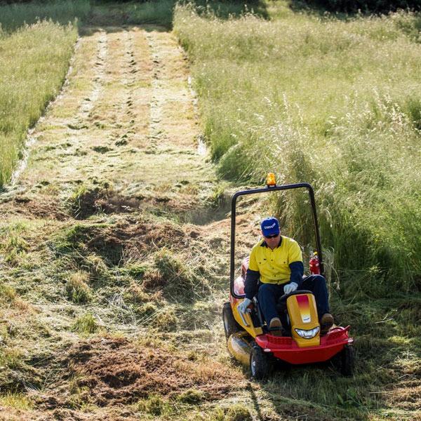 Razorback CMX227 steep hill mower