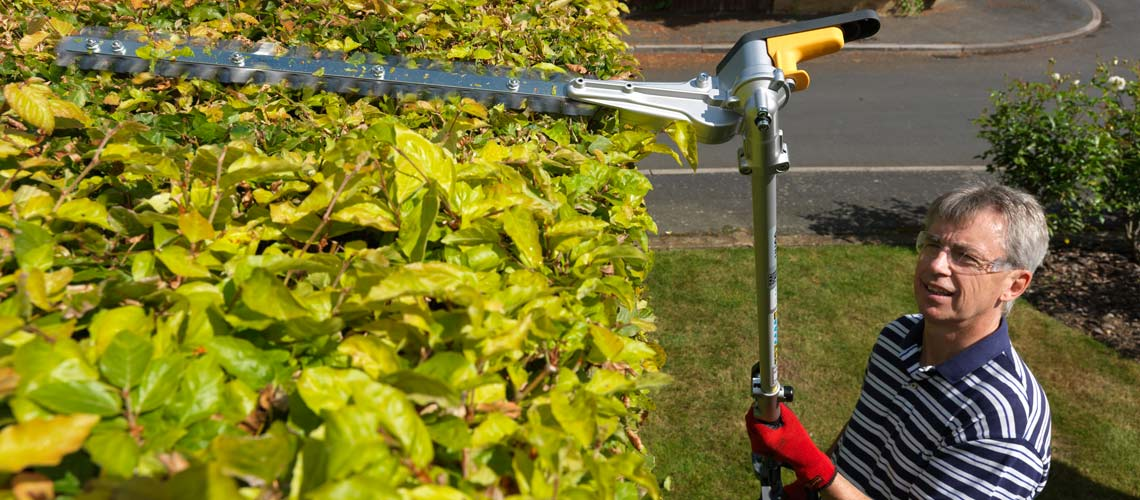 The Honda VersaTool Hedge trimmer - long
