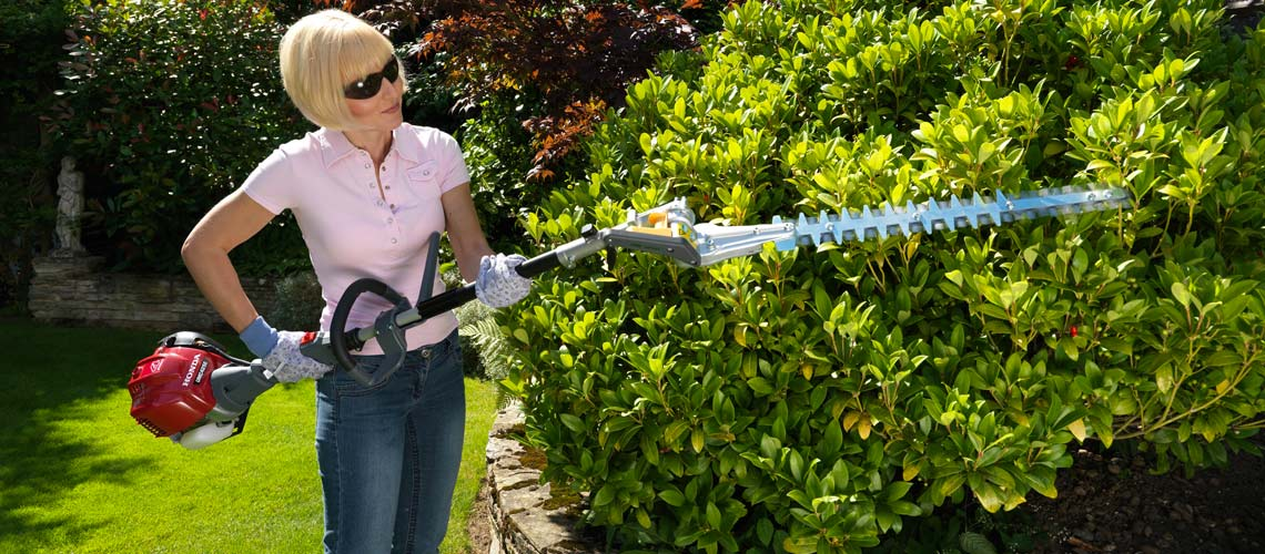 The Honda VersaTool Hedge trimmer - Short