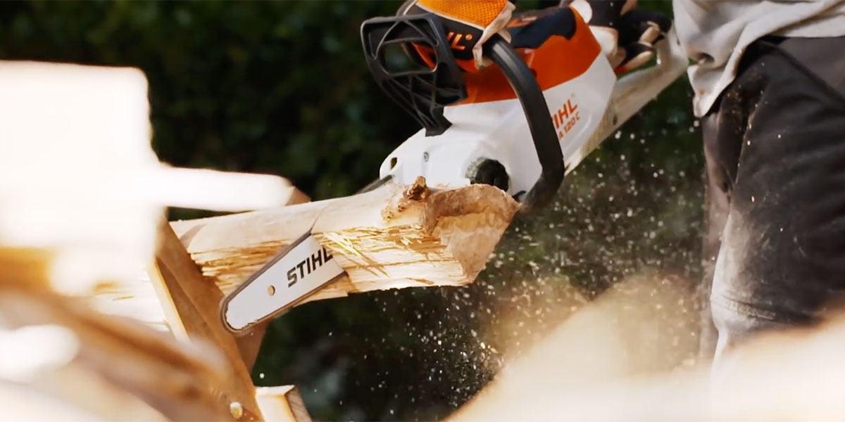 Stihl Battery Chainsaw MSA 120 C-BQ kit at work